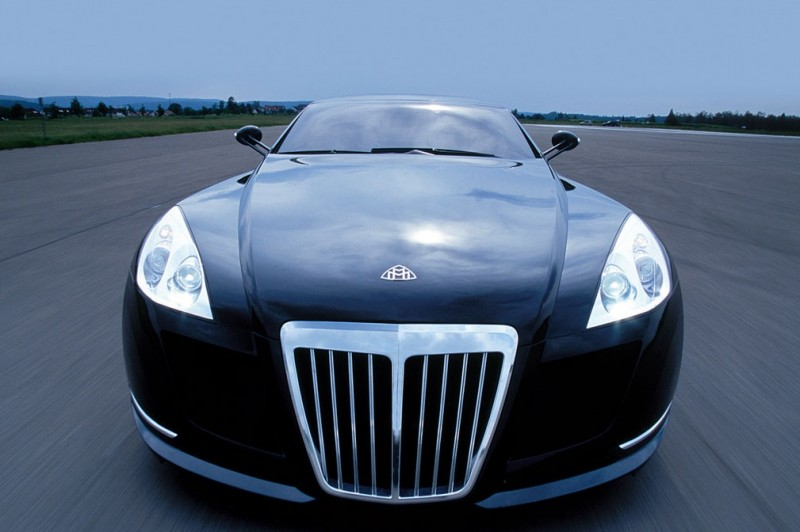 Front view of Maybach Exelero